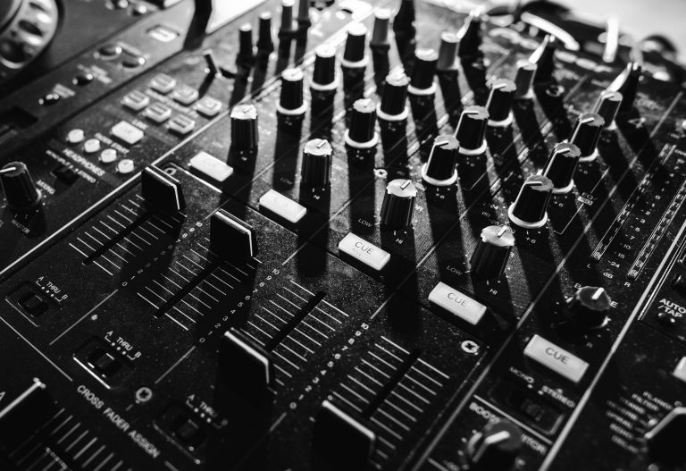 Sound mixer volume buttons grayscale